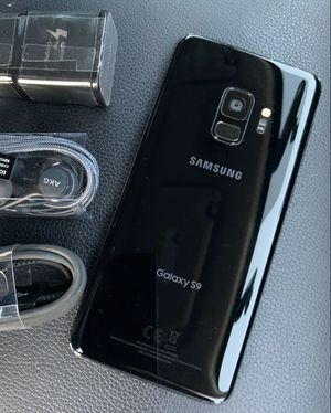 Samsung Galaxy S9 - just like new, factory unlocked, clean IMEI for Sale in Springfield, VA