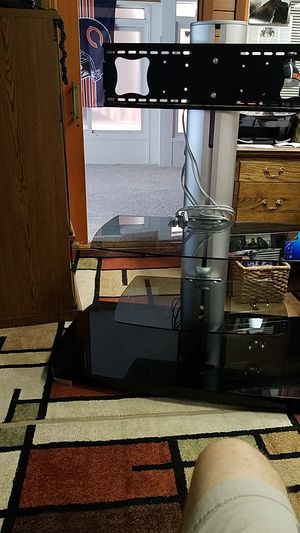 Tv stand with tv mount for Sale in Wichita, KS