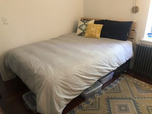 Queen Mattress & Bed Frame for Sale in New York, NY