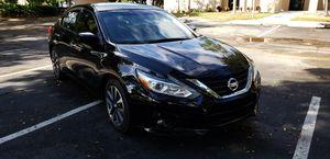Nissan altima 2018 for Sale in Miramar, FL