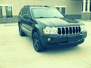 Beautiful O5 Jeep SUV Grand Cherokee Great for Sale in Philadelphia, PA