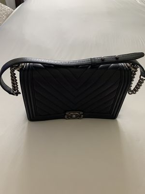 Black Chanel boy bag silver hardware large for Sale in Houston, TX