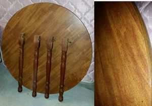 Dinning room table for Sale in Gambrills, MD