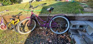 Adult Purple Bycicle for Sale in Oroville, CA