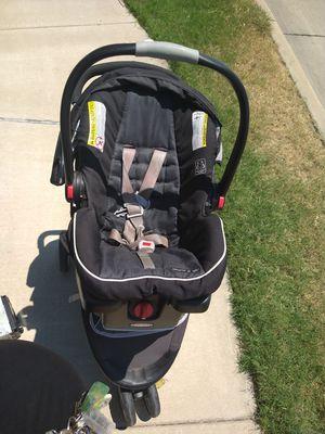 Car seat/ stroller for Sale in Arlington, TX