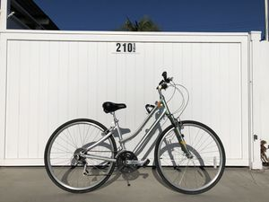 Giant Cypress DX Bike for Sale in Costa Mesa, CA