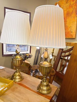 Traditional Antique Brass Table Lamp for Sale in Bellevue, WA