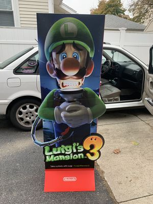 Luigi's mansion 3 (DISPLAY) for Sale in Pawtucket, RI