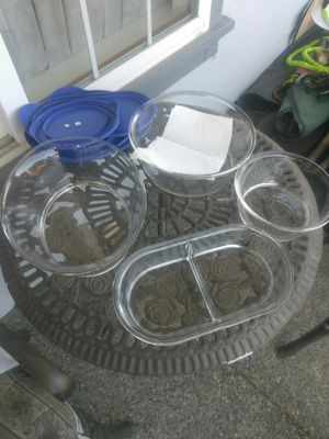4 Pyrex bowls with lids for Sale in Tacoma, WA