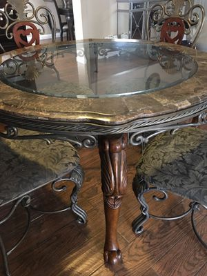 Glass and marble dining table for 4, good condition (see description for more) for Sale in Turlock, CA