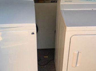 Fisher And Paykel Gas Washer & Dryer for Sale in Virginia Beach,  VA