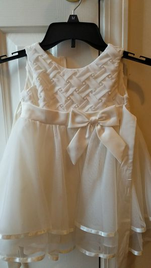 Rare Edition 2T Formal dress for Sale in Piedmont, SC