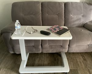 Standing desk /laptop table /adjustable height different size /for student /teacher /school /33LX16W color white like new. Great conditio for Sale in Fresno, CA