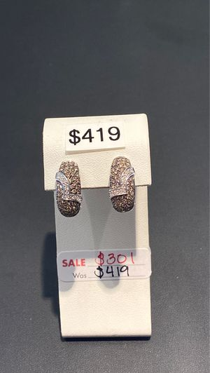 REDUCED - 10K white gold diamond earrings for Sale in Charlotte, NC