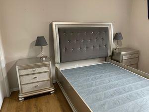 Queen bedroom site for Sale in O'Fallon, MO