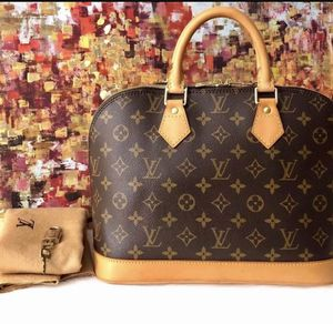 Authentic Alma Louis Vuitton-excellent condition for Sale in Smyrna, TN