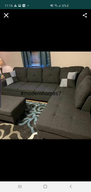 Grey sectional sofa with ottoman for Sale in Buena Park, CA