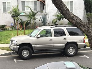 Yukon SLE 2002 Clean Title for Sale in Lynwood, CA