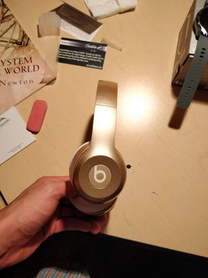 Beats solo 2 wireless for Sale in Santa Ana, CA