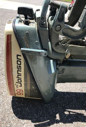 Johnson 9.9 hp boat motor for Sale in Chester, MD