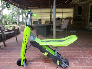 Viro Rides 2 IN 1 SCOOTER for Sale in Denver, CO