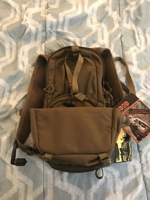 Eberlestock Mini me hydration backpack AND buttbucket for Sale in San Diego, CA