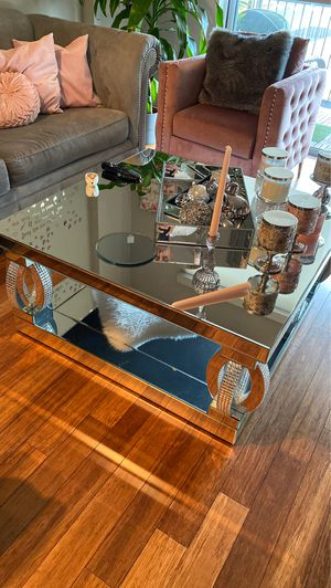 Mirror coffee table for Sale in Houston, TX