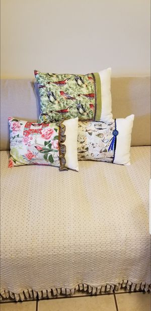 Decorative Pillows for Sale in Long Beach, CA