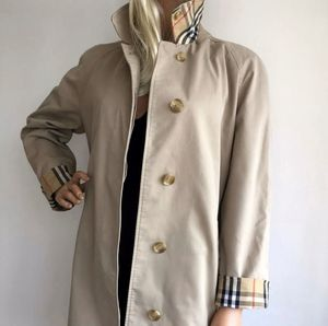 Burberry coat for Sale in Hemet, CA