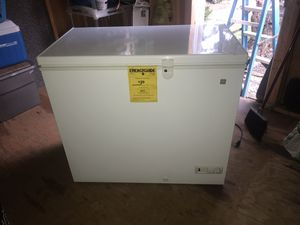 GE chest freezer for Sale in Highland Beach, MD