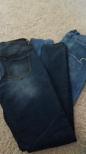 Jeans for Sale in Clear Lake, IA
