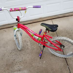 "Girls 20"" 'magna bike"". for Sale in Plymouth, MI"