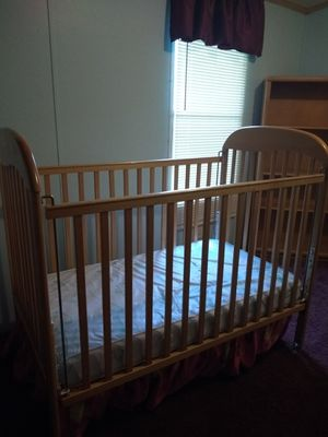 Baby bed changing table for Sale in Whitsett, NC