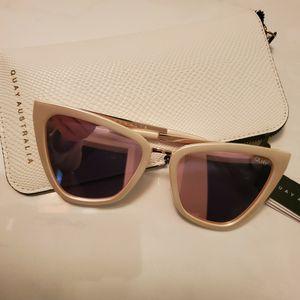 "Quay ""REINA"" Sunglasses for Sale in Ripon, CA"