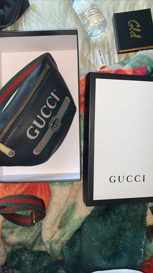 Gucci cross bag for Sale in Lodi, CA