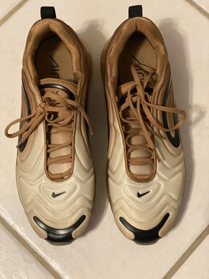 Nike Airmax 720 size 9,5 for Sale in Orlando, FL