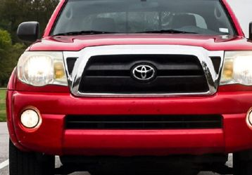 2005 Toyota Tacoma 6cyl Automatic for Sale in Salem,  OR