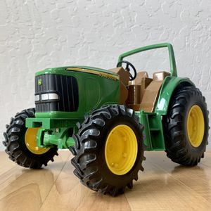"ERTL Metal & Plastic John Deere Farm Tractor Vehicle 10"" Toy for Sale in Elizabethtown, PA"