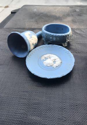 Antiq ceramic set for Sale in Virginia Beach, VA