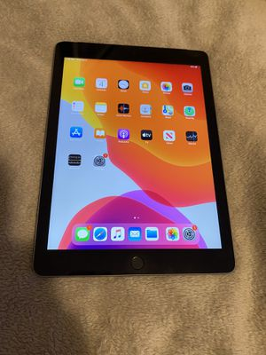 Apple iPad 5 32 GB. WiFi & Cellular Unlocked/Liberado for any service for Sale in Denver, CO