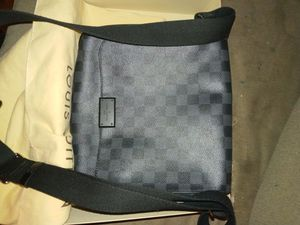 Louis vuitton n41260 bag. . for Sale in Columbus, OH