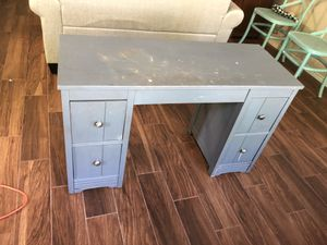 Desk for crafts or study for Sale in Taylor, TX