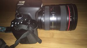 Canon Rebel t4i with Canon 24-105 mm lens for Sale in Bell, CA