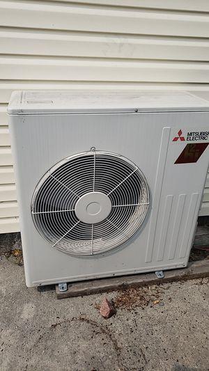 Mitsubishi Hyper heat and ac unit 21000btu for Sale in Levittown, PA