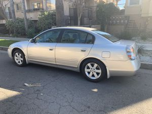 Nissan Altima 2004 for Sale in Los Angeles, CA