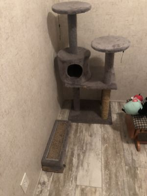 Cat tower for Sale in Lima, OH