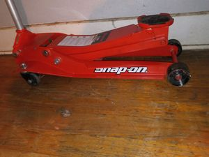 Snap-on 2-ton Jack almost new for Sale in Dallas, TX