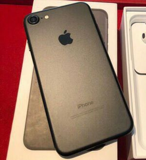 IPhone 7 ,,UNLOCKED . Excellent Condition ( as like New) for Sale in Springfield, VA