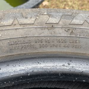 Tires 245/55R19 Used Tires for Sale in Charlotte, NC