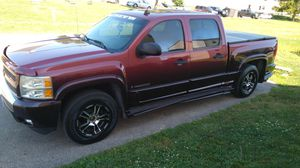 Rims for sale fits Chevy Silverado avanlancha GMC for Sale in Columbus, OH
